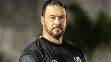 Treinador destaca 1º tempo e revela 'sangue nos olhos' - Foto: Rafael Melo/Santa